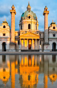 Welcome to Vienna - Vienna Card, Hop-on-Hop off Tour, Morning Tea and Lunch or Dinner