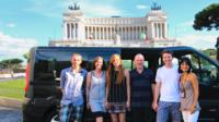 Rome Highlights Small-Group Tour by Foot and Private Luxury Car