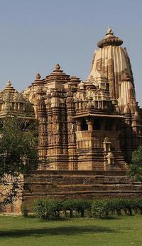Private 3-Day Holy Varanasi and Khajuraho's Erotic Temples Tour