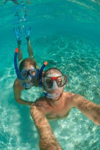 Happy Hour Sail and Snorkel in Aruba with Optional Snuba