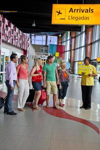 Round-trip Aruba Airport Transfer