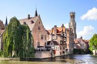 Excursión de día completo a Brujas con salida desde Ámsterdam