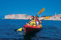 Dubrovnik Super Saver: Old Town Walking Tour plus Sea Kayak and Snorkeling