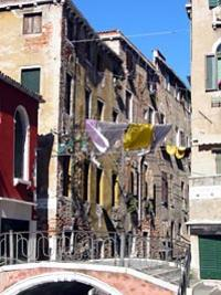 Hidden Venice Half-Day Walking Tour with Rialto Market and Wine
