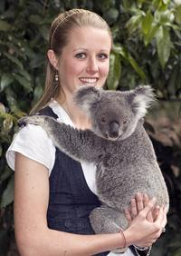 Gold Coast Attraction Pass Including Currumbin Wildlife Sanctuary and Dracula's Haunted House