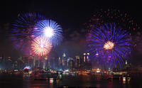 Circle Line: 4th of July Evening Cruise with Optional All Inclusive Upgrade