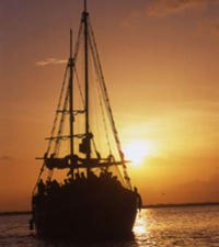 Lobster Dinner Cruise from Cancun