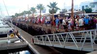 Playa Blanca street market and free time