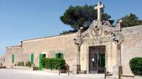 Trekking experience in Majorca: Route to the monasteries of Cura and Randa
