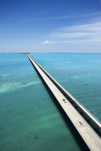 Helicopter Flight Over Seven Mile Bridge with Optional Sombrero Lighthouse and Duck Key Tour