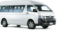 Melbourne International and Domestic Airport Shuttle to Melbourne City Private Car Transfers