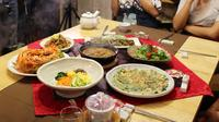 Traditional Cooking Experience in a Korean-Style House in Seoul