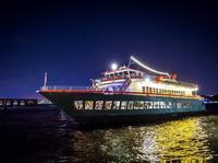 Crucero con cena en el World Yacht del río Hudson de Nueva York