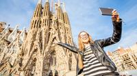 Official Guided Tour to Sagrada Familia & Park Guell