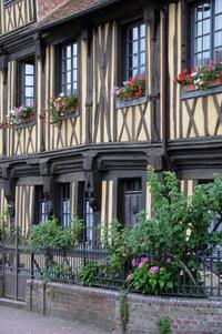 Le Havre Shore Excursion: Private Tour of Honfleur and the Pays d'Auge