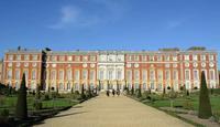 Skip the Line: Hampton Court Palace Entrance Ticket