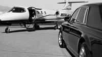 Private Arrival Transfer: Toronto Pearson Airport to Toronto Accommodations Private Car Transfers