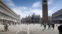 Skip-the-Line Saint Marks Basilica and Doges Palace Combined Tour