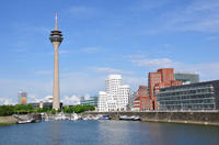 Düsseldorf Panoramic Sightseeing Cruise Including Commentary