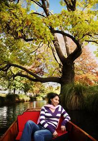 Grand Tour of Christchurch Including Botanic Gardens Gondola Punting and Hop-On Hop-Off Tram