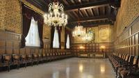 Skip the Line: La Casa de la Seda Guided Tour in Barcelona