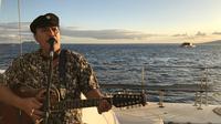 2-hour Maui Sunset Sailing Cruise With Live Music