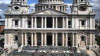St. Paul's Cathedral Visit and Thames River Sightseeing Cruise in London