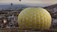 Small Group Cappadocia Balloon Ride Tour with Buffet Breakfast