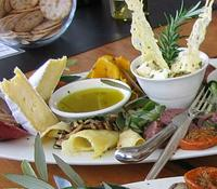 Small-Group Matakana Coast Food and Wine Tour from Auckland