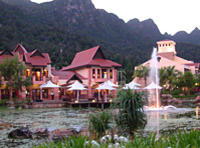 Langkawi Cable Car Ride and Oriental Village Morning Tour