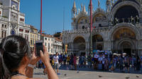 No Wait: Best of Venice Tour with St. Marks Basilica and Optional Gondola R