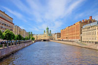 St Petersburg Shore Excursion: Small-Group City Tour with Hermitage Museum and Boat Ride