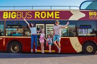 Rome Hop-On Hop-Off Bus tour and Return Transfer from Civitavecchia Port