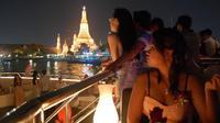 Romantic Dinner Cruise on Chaophraya River in Bangkok