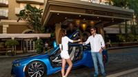 Customized Drive Tour in a BMW i8 with Hotel Pickup