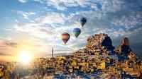 Low cost hot airbaloon ride in Cappadocia