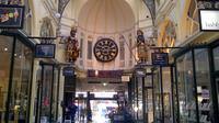 Half-Day Melbourne City Laneways and Arcades Tour with Eureka Skydeck