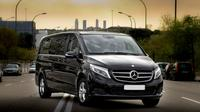 Arrival Private Transfer Auckland Airport to North Shore or Henderson Luxury Van Private Car Transfers