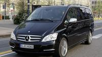 Disneyland Paris Private Transfer to Paris City in Luxury Van