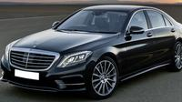 Private Departure Transfer: Amsterdam City Center to Amsterdam Airport in Luxury Sedan Private Car Transfers