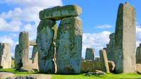 Private Guided Tour of Stonehenge and England from Bath