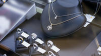 NYC Diamond District Jewelry Shopping Tour with Certified Gemologists