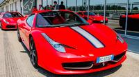 Ferrari 458 Spider Road Test Drive
