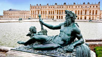 Royal Gardens of Versailles Walking Tour from Paris