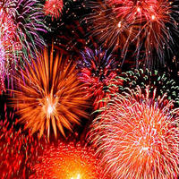 Bateaux Independence Day Fireworks Dinner Cruise