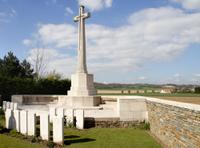Small-group WWI Somme Battlefields Day Trip from Paris