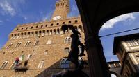 THE PATH OF THE PRINCE - VIP Medici Grand Dukes private walkaway at the Uff