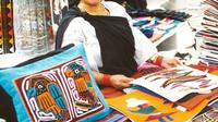 Otavalo Day Trip from Quito: Craft Market and Parque Condor