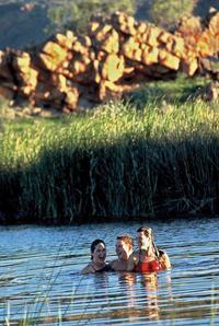 6-Day Larapinta Trail Walking Tour from Alice Springs