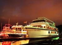 Vancouver Holiday Dinner and Carols Cruise